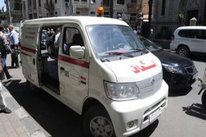 الصحة تتسلم 7 سيارات إسعاف مقدمة من الجالية السورية في البرازيل