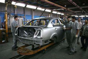 مرسوم برفع الرسوم الجمركية على مكونات السيارات المستوردة لمصانع التجميع بنسبة 30 بالمئة