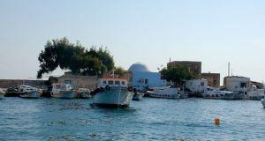 مشروعات تأهيل لتحسين خدمات موانئ الصيد السورية