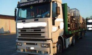 الحكومة تطلب من الشاحنات التقيد بالحمولات المحددة حرصاً على سلامة الطرقات!