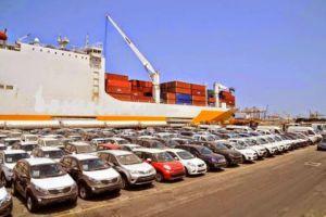 وزارة الاقتصاد: السماح باستيراد السيارات السياحية قيد الدراسة