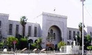 العدل تشكل لجنة لزيادة رواتب القضاة