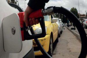 أسعار البنزين عالمياً انخفضت وفي سورية ارتفعت..ومحروقات توضح!
