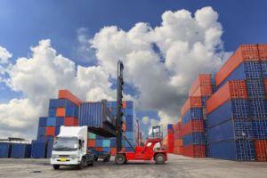 الاقتصاد:  500 مليون ليرة إعانات التصدير للعام القادم!
