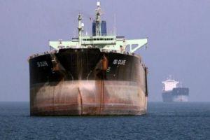 واشنطن بوست: هكذا استطاعت الولايات المتحدة إيقاف إمدادات النفط إلى سورية