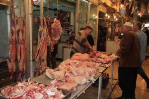 أسعار اللحوم الحمراء في أسواقنا ترتفع بشكل ملحوظ والسبب ارتفاع الأعلاف!