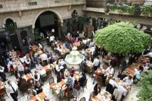 دراسة رفع تسعيرة الخدمات في مطاعم دمشق من جديد