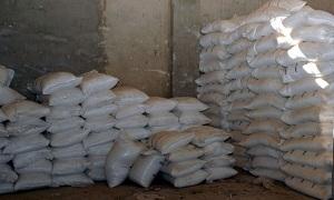 ضبط معمل يزور الأسمدة والمبيدات في مدينة عدرا الصناعية