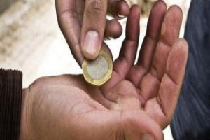 الشؤون الاجتماعية: حملة لمكافحة التسول في رمضان تضبط 30 أسرة
