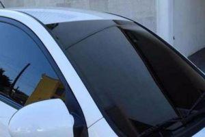 المرور تحدد نسبة العتامة في نوافذ السيارات (الفيميه)