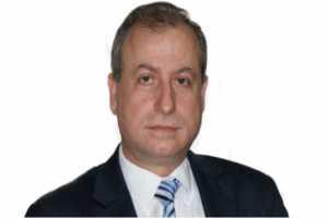 وزير النفط: البطاقة الذكية لاقت نجاحاً على عكس ما يروج له البعض