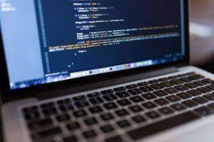 هيئة الشبكة  تحذّر من تطبيق يستغل كورونا لسرقة البيانات