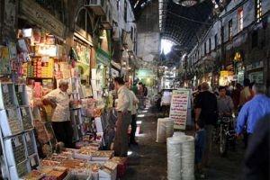 في دمشق..ضبط مستودع يحوي 5 أطنان مواد غذائية مغشوشة...وإلغاء 18 رخصة لبيع المحروقات