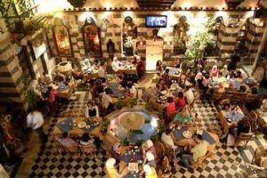 في أحد مطاعم دمشق..3 قطع برازق سعرها 3 آلاف ليرة..والسياحة توضح!!