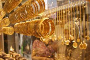 جمعية الصاغة: نسعر على سعر وسطي للدولار.. ونتوقع انخفاض الذهب تدريجياً