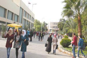 التعليم العالي: انترنت مجاني في حدائق الجامعة قريباً