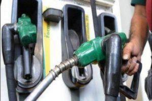 مصدر: وزارة النفط ستزيد مخصصات البنزين عند كل تعبئة إلى الضعف