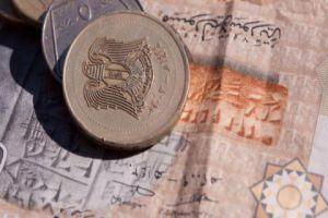 أزمة الـ50 ليرة مستمرة…فلماذا التأخير في طرح النقدية الجديدة في السوق؟!