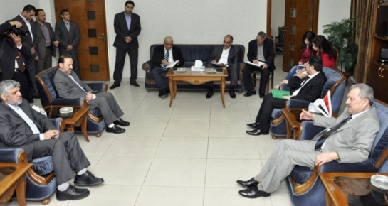 عزنوس:بحث إمكانية مساهمة الشركات الإيرانية في مرحلة إعادة الإعمار