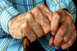 ارتفاع في وفيات المسنين بسبب .. الوحدة!