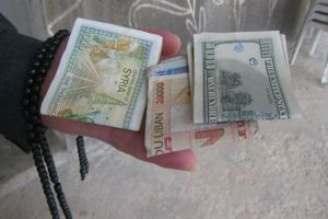 الليرة السورية تستقر أمام الدولار...وتنخفض أمام اليورو خلال أسبوع