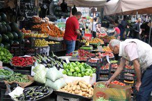 ليلة رأس السنة ترفع أسعار الخضار والفواكه.. وكيلو البطاطا بـ380 ليرة