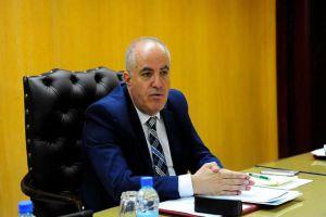 وزير التموين يهدد المدراء بالسجن في حال تقاعسهم عن العمل