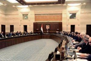 الحكومة تقر مشروع قانون لإعادة تعيين تثبيت العمال المؤقتين