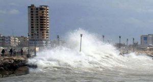 لشدة الرياح..إغلاق مرفأ طرطوس ومصب النفط في بانياس