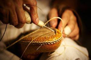 مسابقة لتعيين 64 عامل إنتاج وخدمات في الشركة العامة للأحذية
