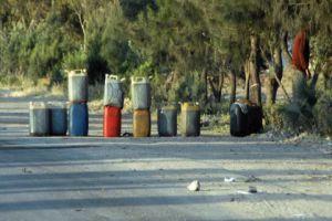 على الطرقات.. بيع اسطوانة الغاز بـ16 ألف ليرة وبيدون المازوت بـ11 ألف ليرة