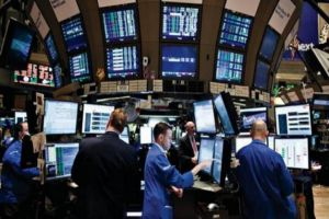 الأرباح القوية للشركات تدفع أسهم أوروبا للارتفاع