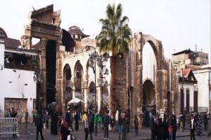 محافظة دمشق تصدر قراراً بإزالة الإشغالات من محيط الجامع الأموي