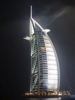 القطاع المصرفي في دبي يبادر بجملة إجراءات للتخفيف من ضغوطات كورونا الاقتصادية