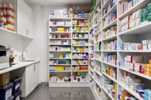 أسعار التحاليل المخبرية والأدوية ترتفع بنسب تفوق 400%