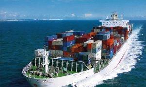 الاقتصاد تؤكد: تجار يستغلون إجازة الاستيراد لإدخال بضائع غير مصرح بها