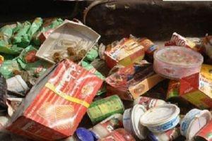 التموين يضبط أغذية أطفال منتهية الصلاحية!