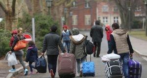 كندا تؤجل الموعد النهائي لاستقبال 25 ألف لاجئ سوري