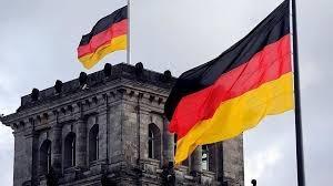 ألمانيا تتوقع قيوداً على الحياة تستمر لـ8 أشهر ونصف