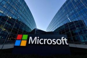 إيرادات شركة Microsoft تنمو بنحو 12%
