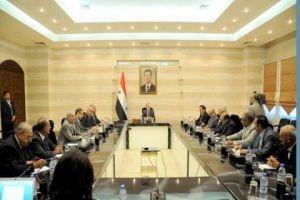 رئيس الحكومة: تشكيل مجموعة عمل لتأمين مستلزمات عودة الحرفيين إلى الإنتاج