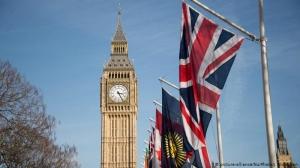بريطانيا تؤجل إقرار الموازنة خوفاً من هجمة ثانية لفايروس كورونا
