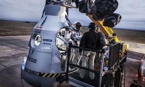 مغامر نمساوي يقفز من ارتفاع 37 كيلومترا