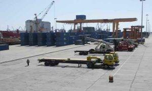 صناعي: البضائع في المرافئ السورية غير مخالفة..وحجزها جاء لتحقيق مصالح