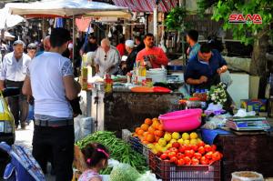 إرتفاع جنوني بأسعار الخضار والفواكه في سورية بدعم من جشع التجار !!