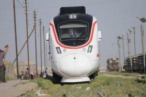 الكشف عن تفاصيل مشروع نقل الضواحي السككي الكهربائي..للقطارات كهربتها الخاصة وأزمة النقل إلى زوال
