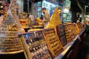 باحث: الاسرة تحتاج لأكثر من راتبها الشهري لتغطية بعض نفقات عيد الفطر