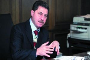 خبير اقتصادي:السوريون يملكون نحو 130 مليار دولار في دول الخليج ويمكن استخدامها لإعادة الإعمار