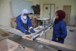 الشؤون الاجتماعية توضح الأسباب التي دفعت بالمرأة السورية لدخول مجال العمل