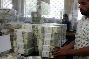 الحكومة تدرس إمكانية الترخيص لمصارف جديدة في المناطق الحرة